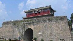 北京周边哪个城市比较适合十一旅游呢???要